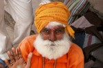 portrait-hindu-man-india-varanasi-600x399